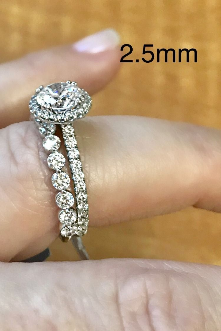 Comparing Wedding Band Sizes 2 5mm Vs 3 0mm Wedding Ring