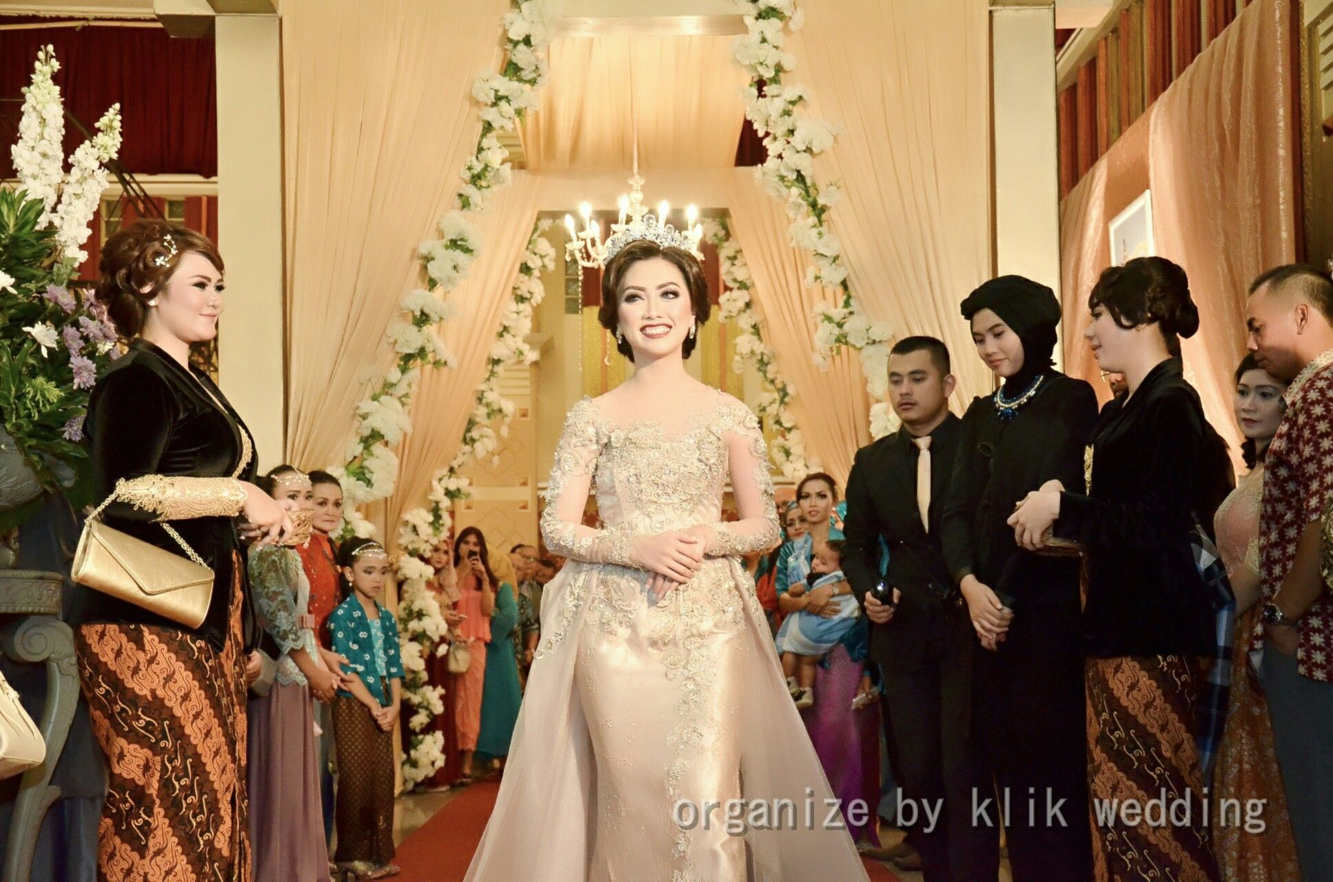 Klik Production Professional Event Wedding Organizer Bandung Indonesia Line Klikpro Wa 6282116688679 Pin 52bd9d62 Pernikahan Acara Pernikahan Pesta