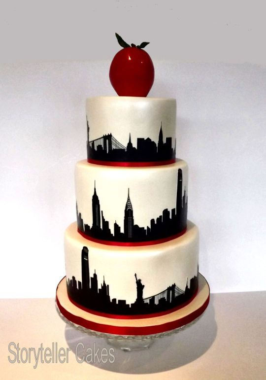 Loved Making This New York Themed Wedding Cake For The Very Lovely Couple Who Tied The Knot There Last Week The Cakes New York Cake Nyc Cake Wedding Cake Nyc