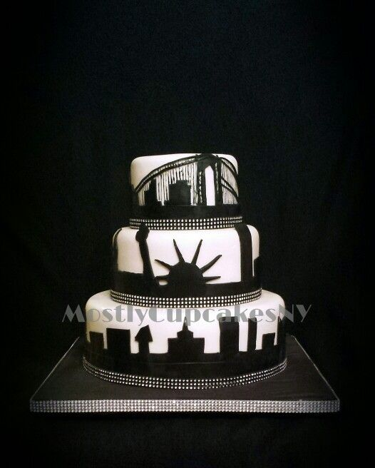 New York City Skyline Wedding Cake New York Cake Nyc Cake City Cake
