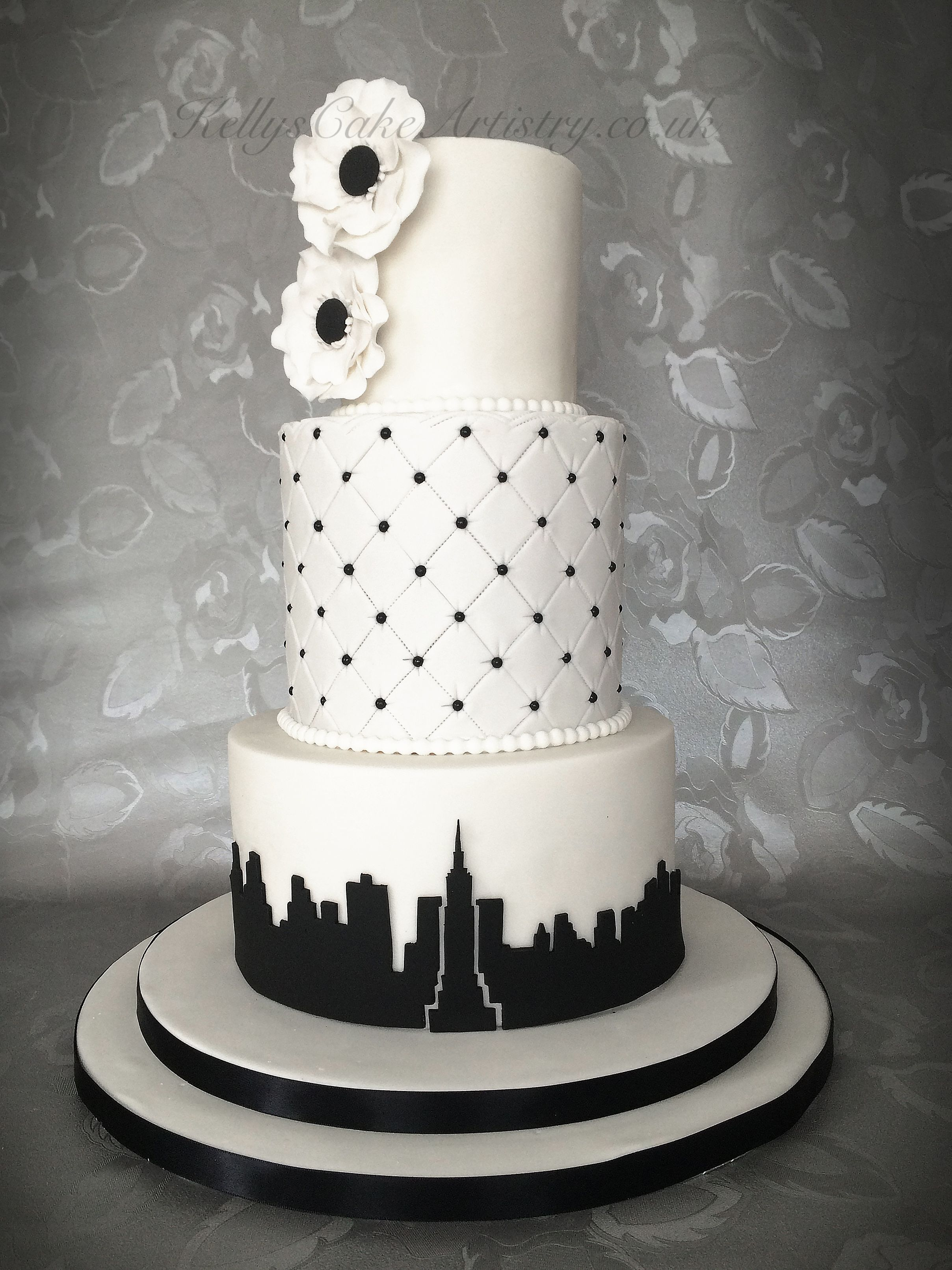 New York Theme Wedding Cake Wedding Cake Nyc Themed Wedding Cakes Wedding Cakes