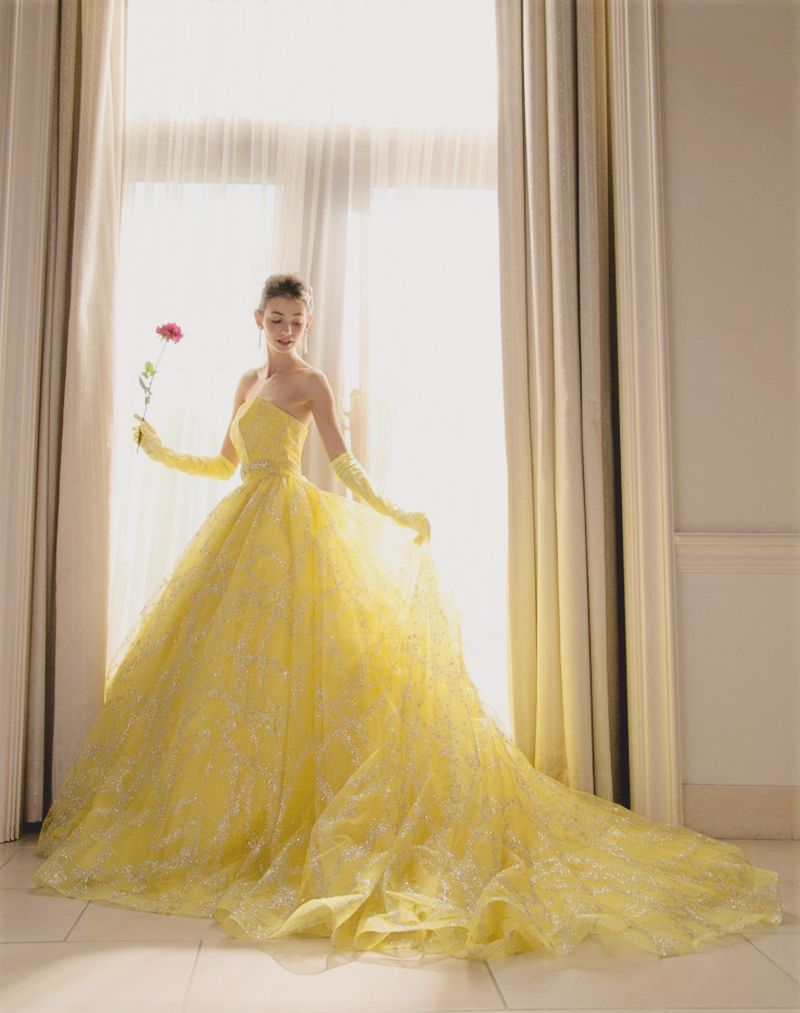 20 Gorgeous Colored Wedding Gowns Fit For A Classic Princess