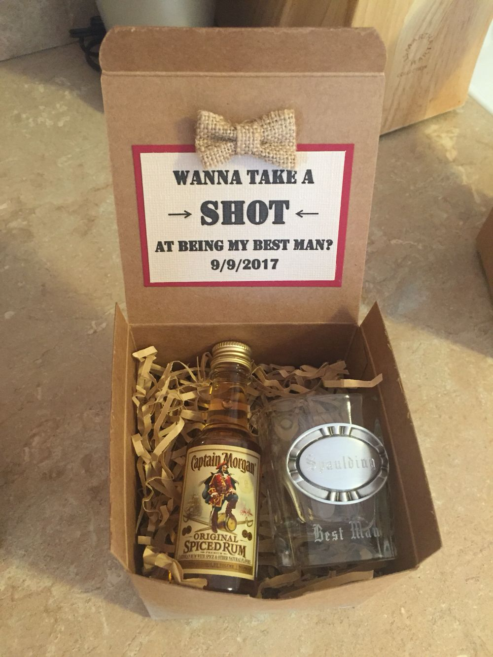 30 Manly Groomsmen Gifts Ideas For Your Buddies Bridesmaid