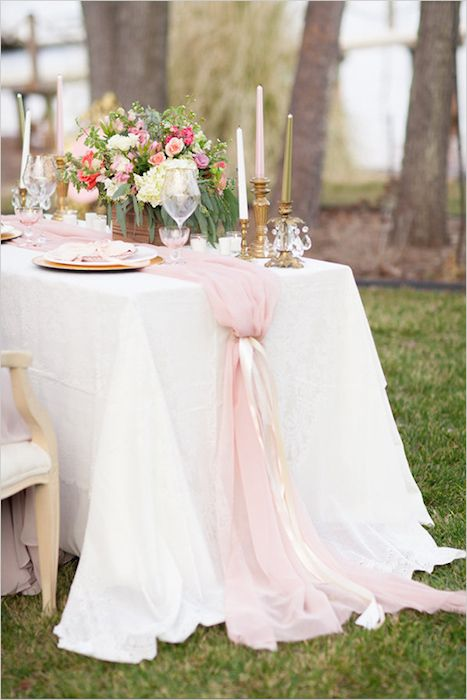 10 Stunning Table Runners For Your Wedding Table Runners Wedding